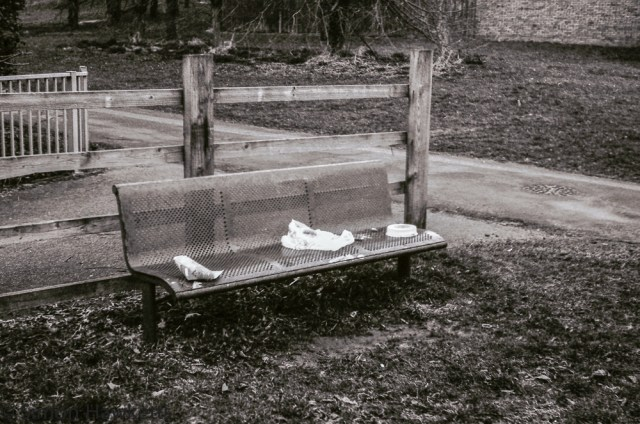 Yashica MG-1 sample pictures - A seat by a fence post