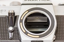 Praktica PLC 3 35mm slr camera - Electronic aperture contacts
