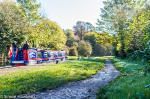Tamron BBar 28mm f/2.8 sample picture - Canal path and narrow boat