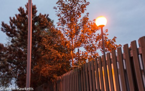 Tamron BBar 28mm f/2.8 sample picture - Street light in the early morning