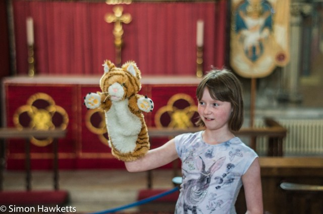 Sony Nex 6 pictures - A girl with a tiger puppet in York Minster