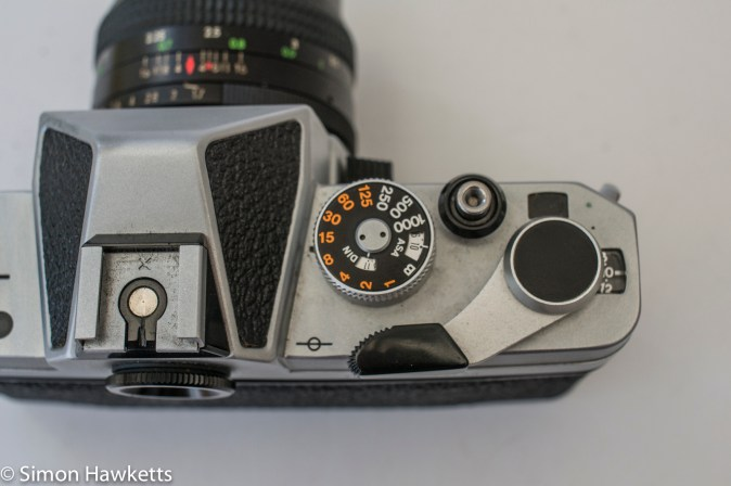 Chinon CS - Shutter speed, ISO setting, shutter release and film advance