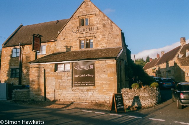 Pentax SFXn sample pictures - The Pub