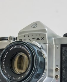 Pentax SV 35mm camera with lens
