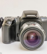 Pentax Z-20 35mm autofocus slr camera