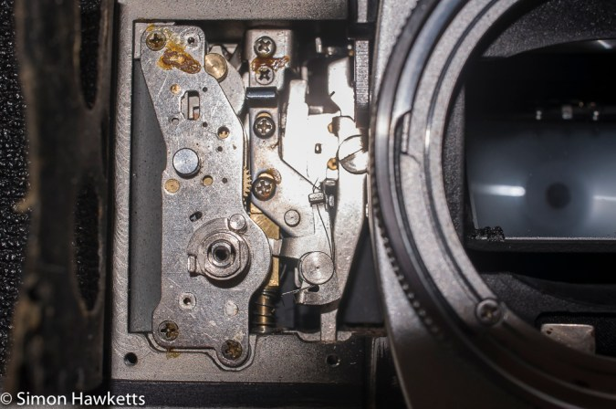 Petri FTII front plate removed showing self timer mechanism
