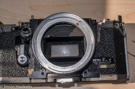 Petri flex v strip down - removed the covering to take the lens mount off
