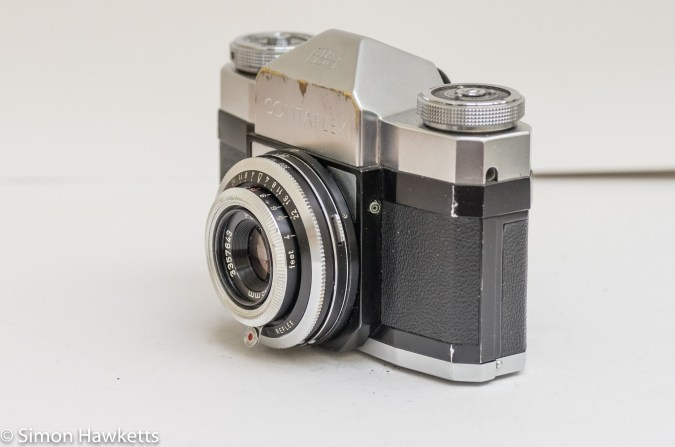 Zeiss Ikon Contaflex alpha - side view showing the flash sync socket