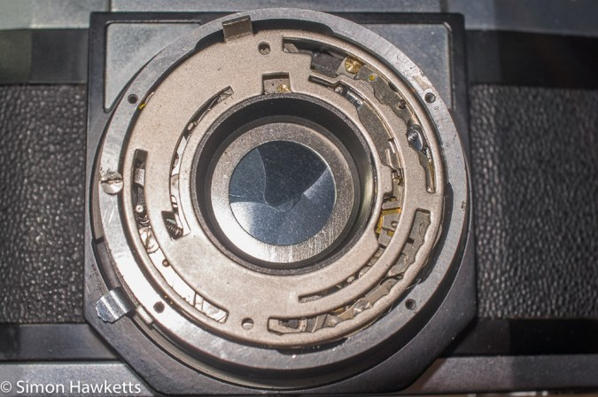 Zeiss Ikon Contaflex alpha - speed selector plate in place. Note locking screw on left hand side