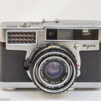 Fujica 35-SE 35mm rangefinder camera