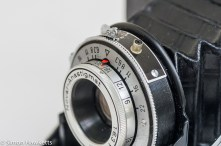 Zeiss Ikon Nettar II 517/16 showing depth of field and focus scale