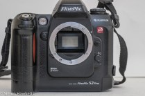 Fuji finepix S2 Pro DSLR - lens removed showing Nikon F mount