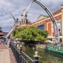 Lincoln city pictures with fuji x-t1 - The river Witham with sculpture over river