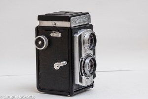Weltaflex Twin Lens Reflex camera - film advance and shutter release