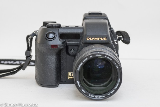 Olympus Camedia E-20p DSLR - front view