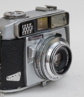 Balda Baldessa 1B 35mm rangefinder camera - side view showing focus and shutter release