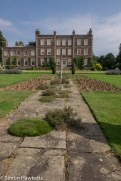 Gunby Hall holiday pictures with fuji x-t1 - the front garden