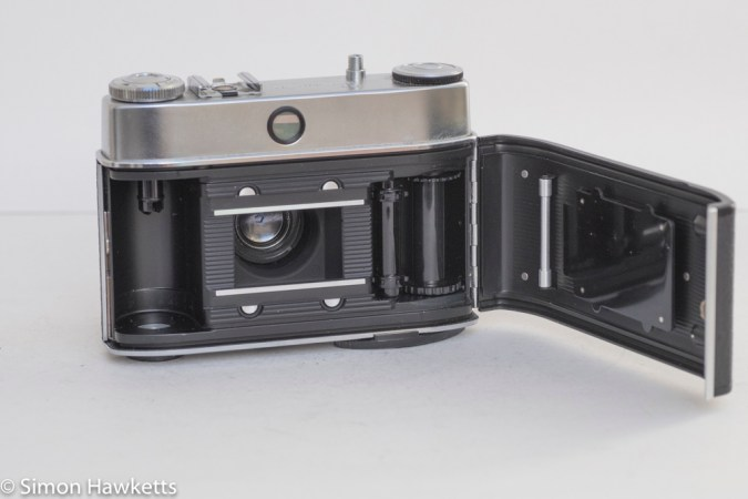 Kodak Retinette 1B 35mm viewfinder camera - film chamber open