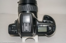 Minolta Dynax 300si 35mm autofocus camera - top of camera showing control layout
