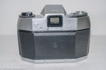 Exakta Exa 500 35mm film camera - camera back