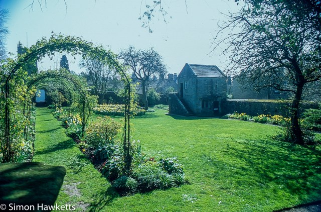 Pentax Z-1P & Agfa CT-100 slide film - Eyam Hall gardens