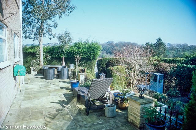 Pentax Z-1P & Agfa CT-100 slide film - Holiday home patio