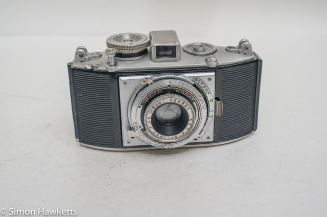 Agfa Karat viewfinder camera with strap lugs 1
