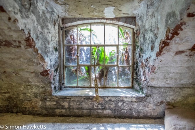 Fuji X-T1 and Samyang 12mm Southwell Workhouse pictures - Window in basement detail