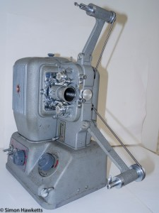 Elmo E-80 8mm projector - Front view of projector