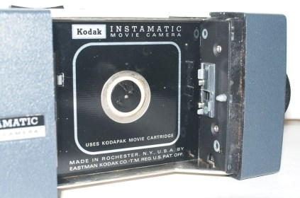 Kodak Instamatic M2 cine camera - Film compartment