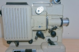 Eumig P8 Automatic 8mm Projector - Showing how the film is loaded