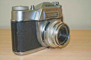 Bessamatic 35mm SLR: Side view