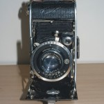 Ihagee Ultrix Folding Camera : Front view