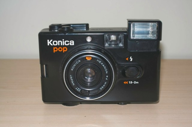 Konica Pop 35mm Snapshot camera from 1982 7