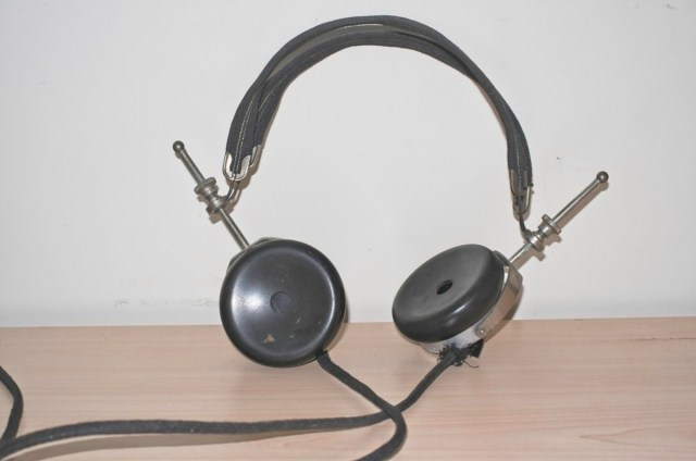 Brandes 'superior' BBC headphones from c 1945 1