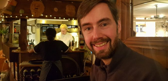 Simon with chef in background