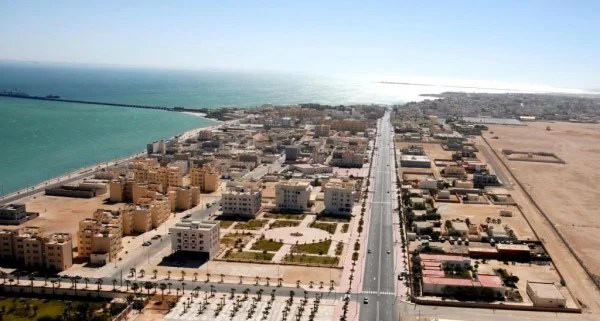 Dakhla is the center of commerce, culture, and tourism in Morocco's southern provinces