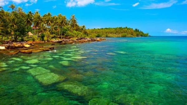 The coastline of Wallis and Futuna