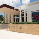 This is a picture of the front gate of Bimini Casino in Hiltonat Resorts World Bimini. This is the third casino on this list of Bahamanian casinos. You can read about this casino to the right of the picture.