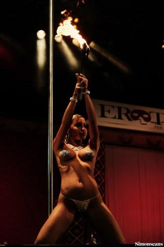Erotica_2004_101