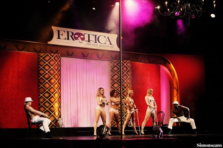 Erotica_2004_144