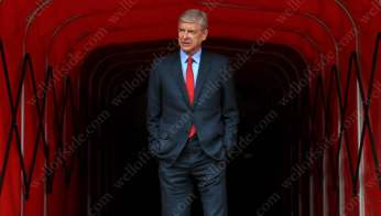 Arsenal manager Arsene Wenger emerges from the tunnel before his side's game against Sunderland
