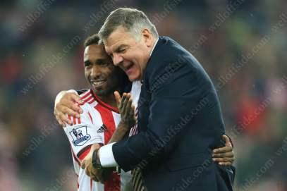 Jermain Defoe of Sunderland celebrates with Sunderland manager Sam Allardyce after avoiding relegation