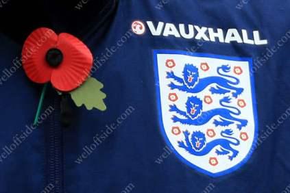 A poppy on the England training kit