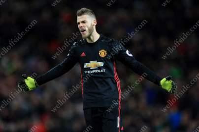 Man Utd goalkeeper David De Gea looks dejected