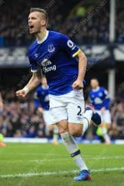 Morgan Schneiderlin of Everton celebrates doubling his side's lead