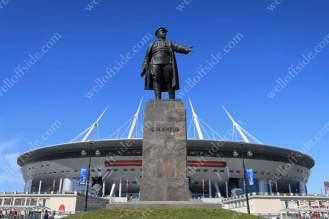 A statue outside the Krestovsky Stadium (Zenit Arena)