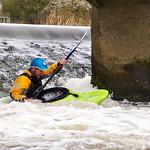 Kayaking in the Dagger Juice 6.9 on Nafford Weir, Eckington, near Pershore.
