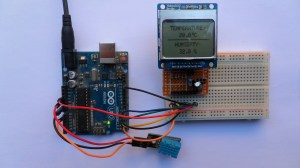 Interfacing Arduino with Nokia 5110 LCD and DHT11 sensor