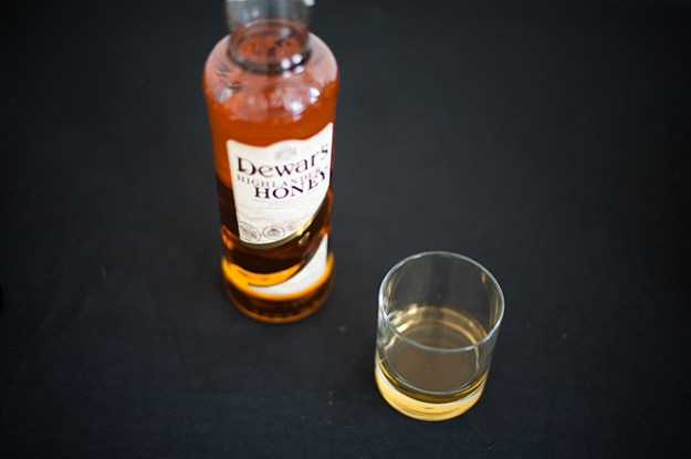 dewar's highlander honey